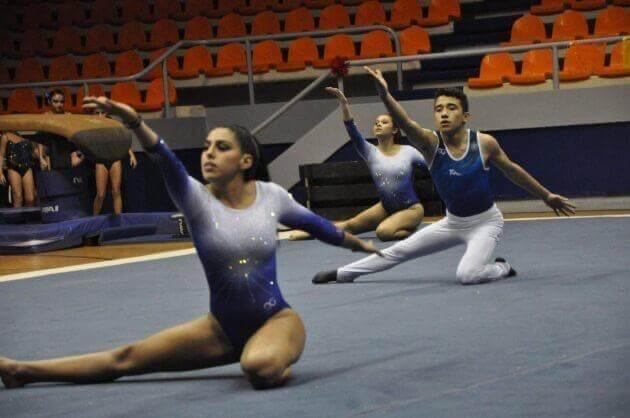 Amenaza entrenador a gimnastas que fallen entrenamientos por Coronavirus