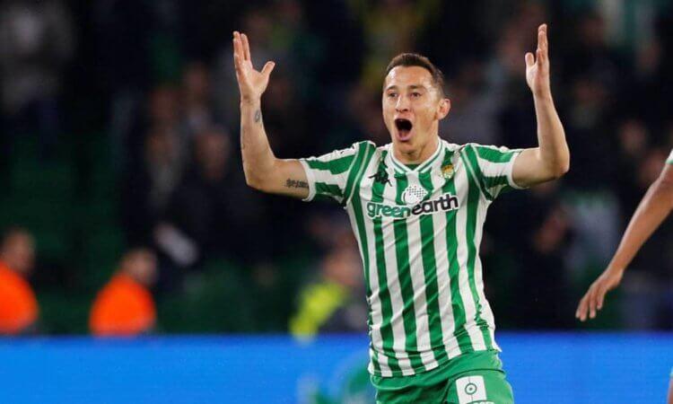 Andrés Guardado: 'Siempre es lo más fácil quitarle dinero al Jugador'