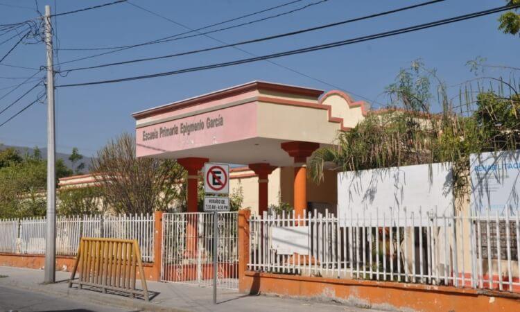 "Regreso a clases ""salvará"" a niños de Tamaulipas que carecen de internet"