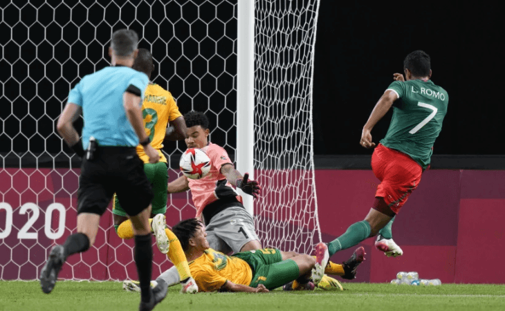 México golea 3-0 a Sudáfrica y avanza a cuartos de final en Tokio 2020